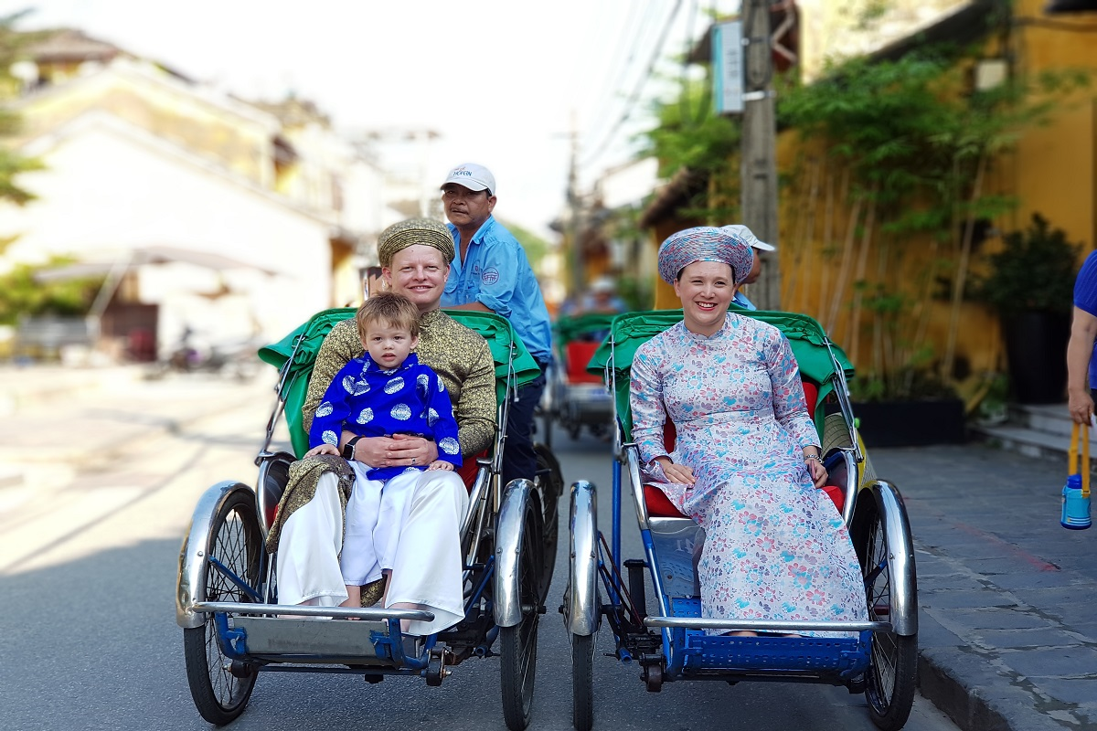 Hoi An Express   Sai Gon Daily Tours   Vietnam Hotels   Tranportation   Tickets   Vietnam Daily Tours